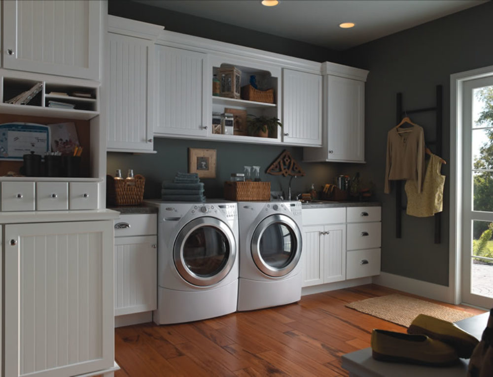 Laundry Room with Evelyn Thermofoil Yorktowne Cabinetry