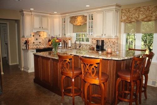 Island magic by Sycamore Kitchens