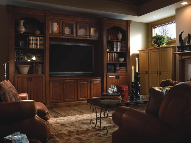 Built-In with Wilder Clayton Yorktowne Cabinetry